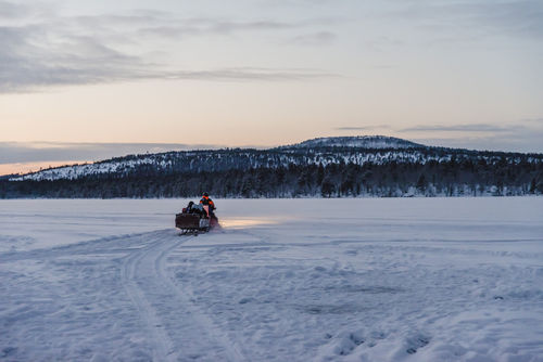WINTERSAFARIS IN INARI - LAPPLAND